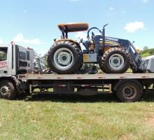 Fazenda Cabeceira do Prata recebe novo Trator Valtra